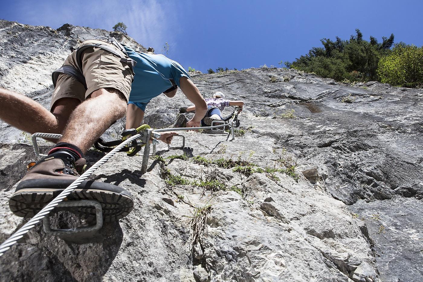 Klettersteig Bavaria : Hochjoch klettersteig t o u r e n s p